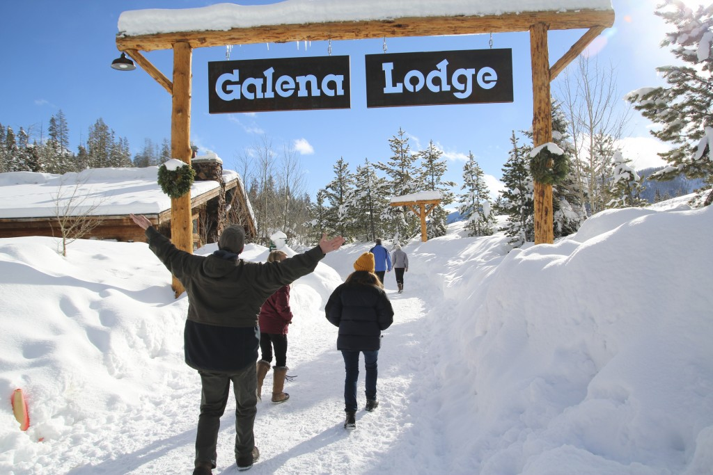 It was actually pretty surprising how much snow there was only an hour up the road from home. Galena Lodge is a great down home lodge that Robyn and I hope to get back to often this winter.