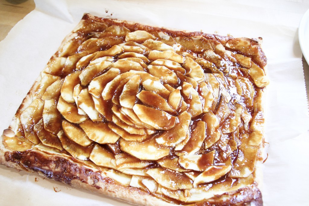 130127 apple mosaic tart with caramel
