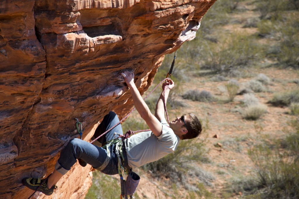 Always good to carry a rope gun around with you. Jeremy fires the crag warm-up of choice, Lambada (5.11b).