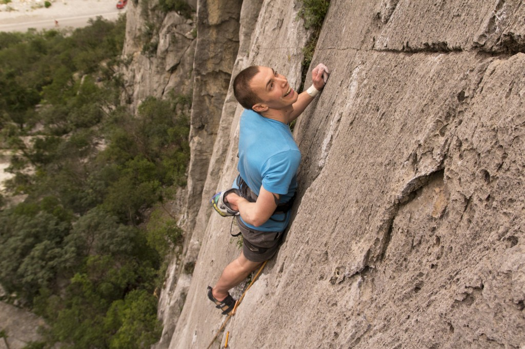 What a great route. Steve on Mugre Mugre (5.10d - R).