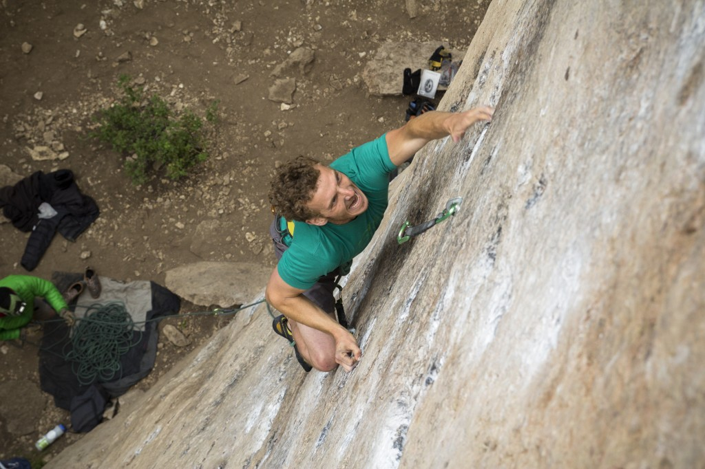The star athlete getting his TRYHARDON. The Great White Behemoth (5.12b).