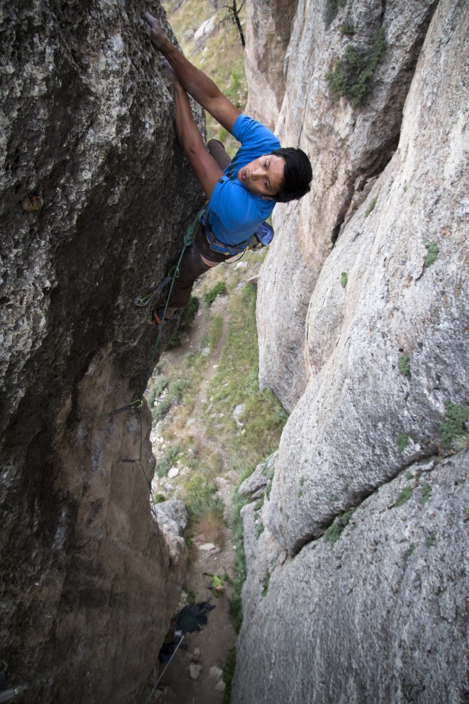 Nearing the chains. Exposed. This route builds in difficulty right to the end!