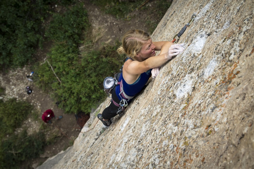 Robyn negotiating some small holds and tough sequences on her flash of Tricks For You (5.12a).